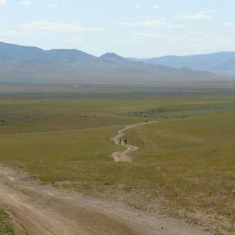 Cycling across the steppe