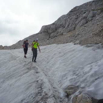Small snow traverse