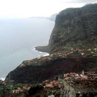 Faial  Village