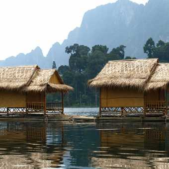 Cheo Lan Lake