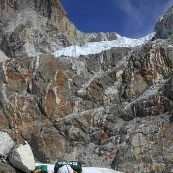 Porters at Cho La Pass