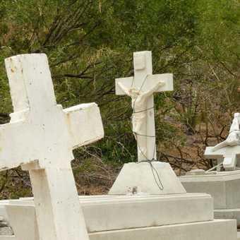 Punto Nopolo graveyard