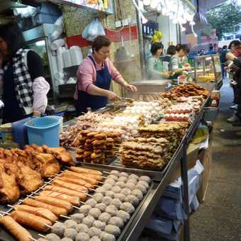Food, glorious food, shopping in HK