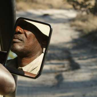 driving to Moremi