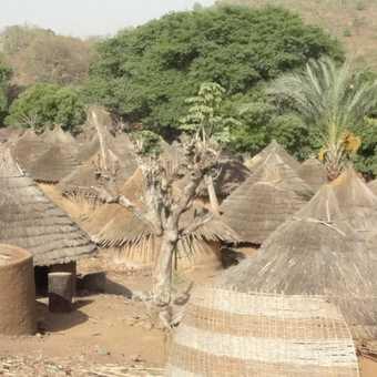 Iwol village houses