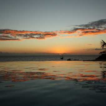 Sunset over the infinity pool....lovely!