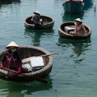 Coracle boats