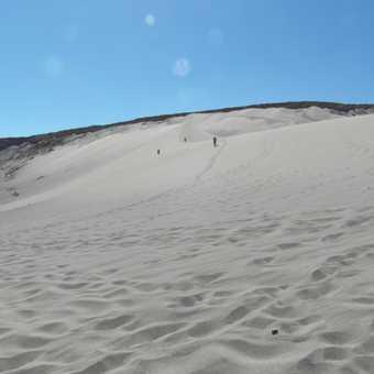 Very large dune to descend to reach Valle de la Muerte