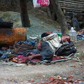 Kathmandu slums-© Iris von Brandstatter