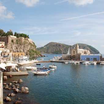 Lipari harbour