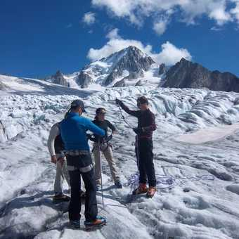 learning how to use crampons & tie knots!