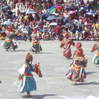 NYE-LEY LI CHAM (DANCE OF THE THREE KINGS OF GING)