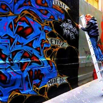 Street Art, Council gives permission to graffiti lanes in Melbourne Australia