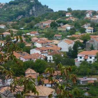 Looking down on Bomerano