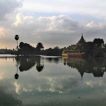 Kandawgyi Lake, Yangon, towards dusk