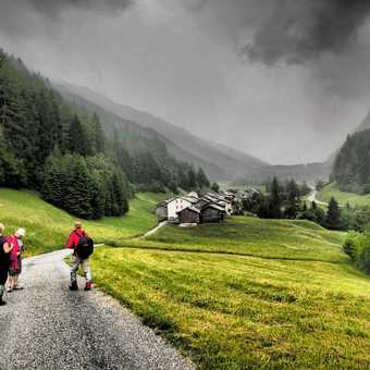 On the way to Grand Col Ferret
