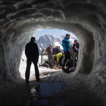 Climbers on Aiguille du Midi