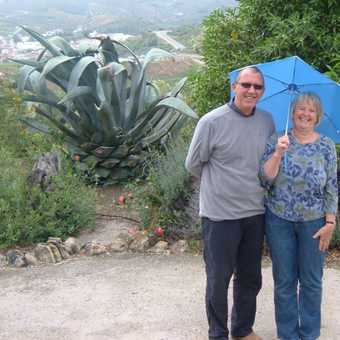 Cortijo owners Bill & Anne come to wave us goodbye