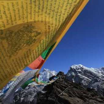 Prayer Flags Gokyo Ri