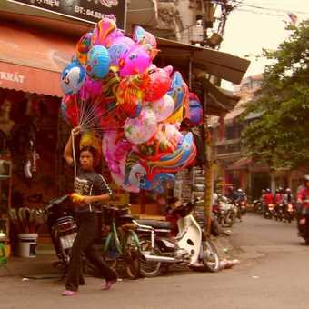Hanoi Balloon Seller