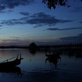 Thaungtharman Lake
