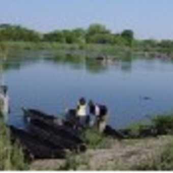 mokoro canoe on the okavango river