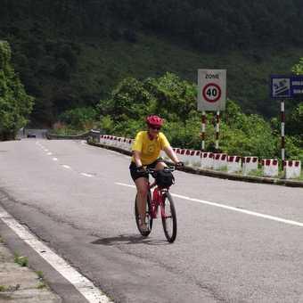 Completing the Hai Van Pass - phew!!