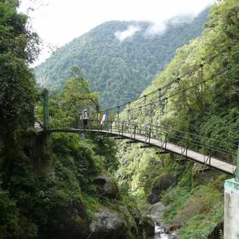 First of 3 bridges on day 1 of the trek