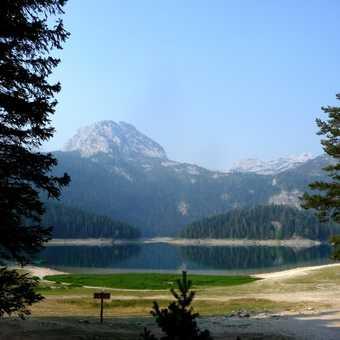Mountain lake at Zabljak