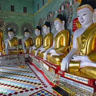 Buddha statues at Sagaing Hill