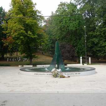 monument in Sarajevo