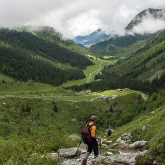 Starting out on the very steep climb to Col de Tricot