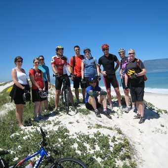 Team Exodus - Group photo on beach