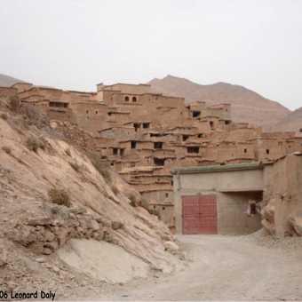 Mud houses near Ait Mansour