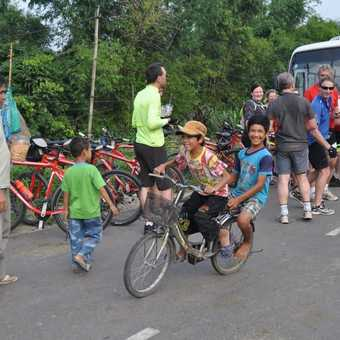 Cycling to Hue