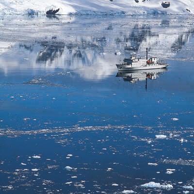 Akademik Ioffe in Antarctica