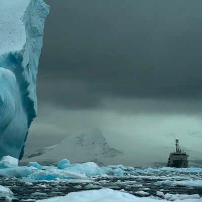 The AkademiK Ioffe amongst ice, Antarctica