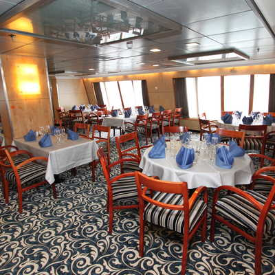 Dining room, Ocean Endeavour