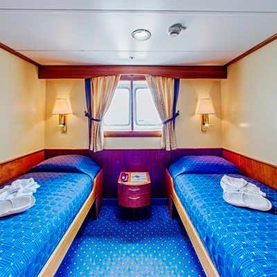Cabin 221 Main Deck Twin Window, Ocean Adventurer