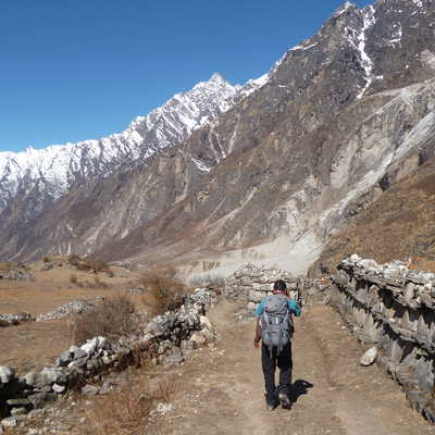 Walking from Langtang to Kyanjin Gompa
