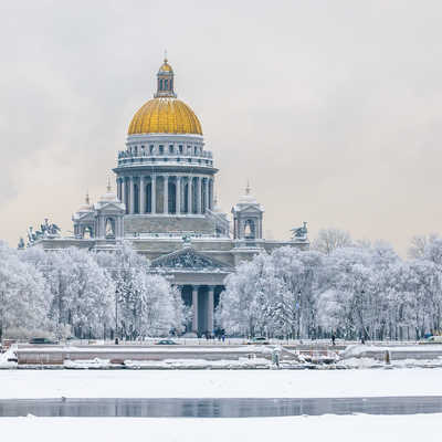 Saint Isaac's Cathedral in winter
