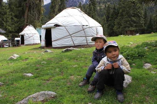 Djety Oguz yurt camp
