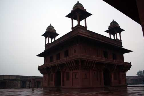 Diwan-i-Khas (Hall of Private Audience) at Fatehpur Sikri