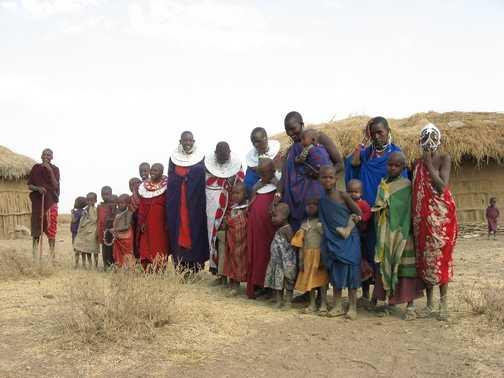 1 husband, 5 wives, 20 children - 1 Masai family