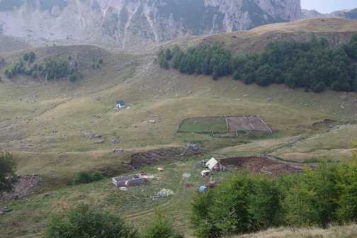 Mountain stettlement