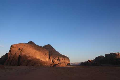 wadi rum blue sky