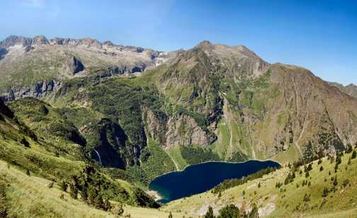 View from Hourquette de Hounts-sec, 2267m, over Lac d'oo