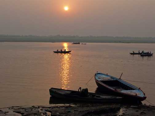 Dawn over the Ganges
