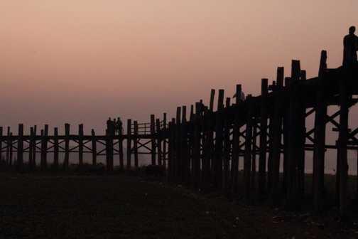 U Bein's Bridge, nr Mandalay at dawn