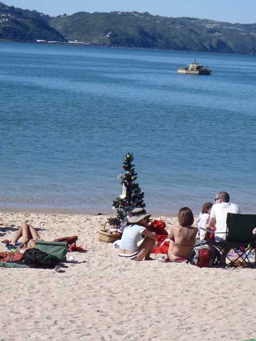 christmas day on the beach - Wellington